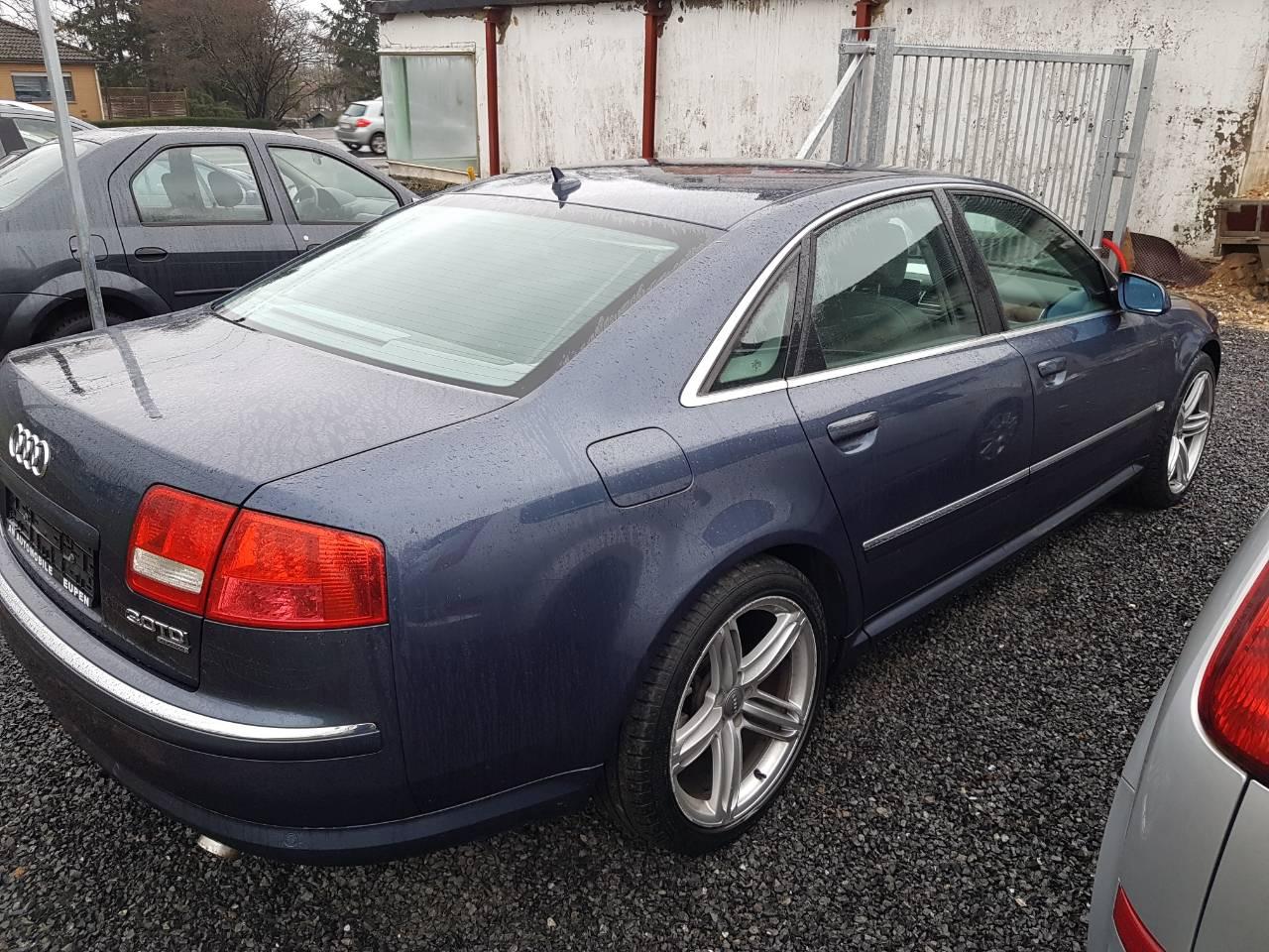Audi A8 7/12