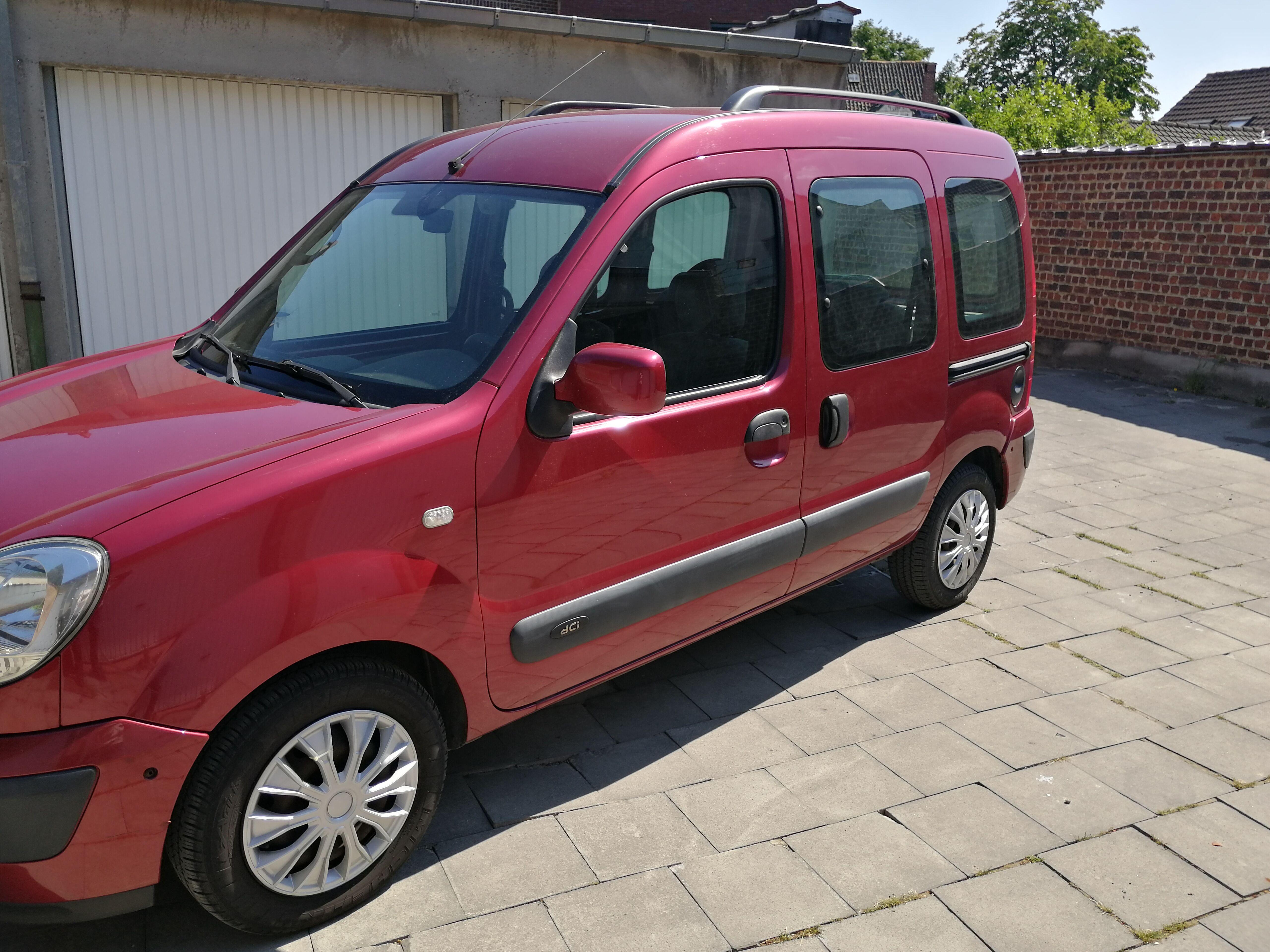 Renault Kangoo 1500 DCI 62 KW 85 CV AIRCO 4/19