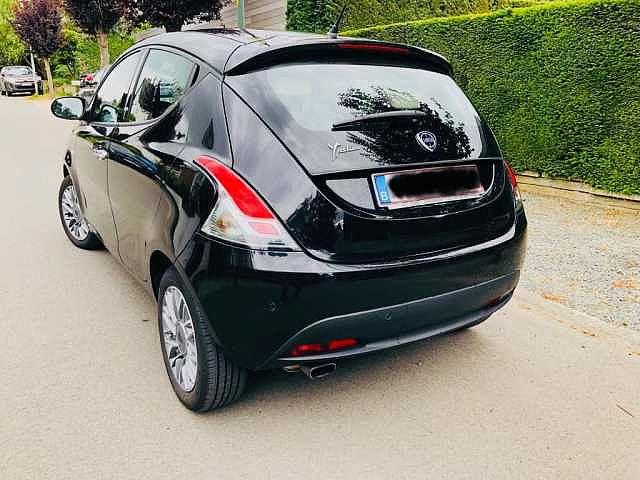 Lancia Ypsilon 2/4