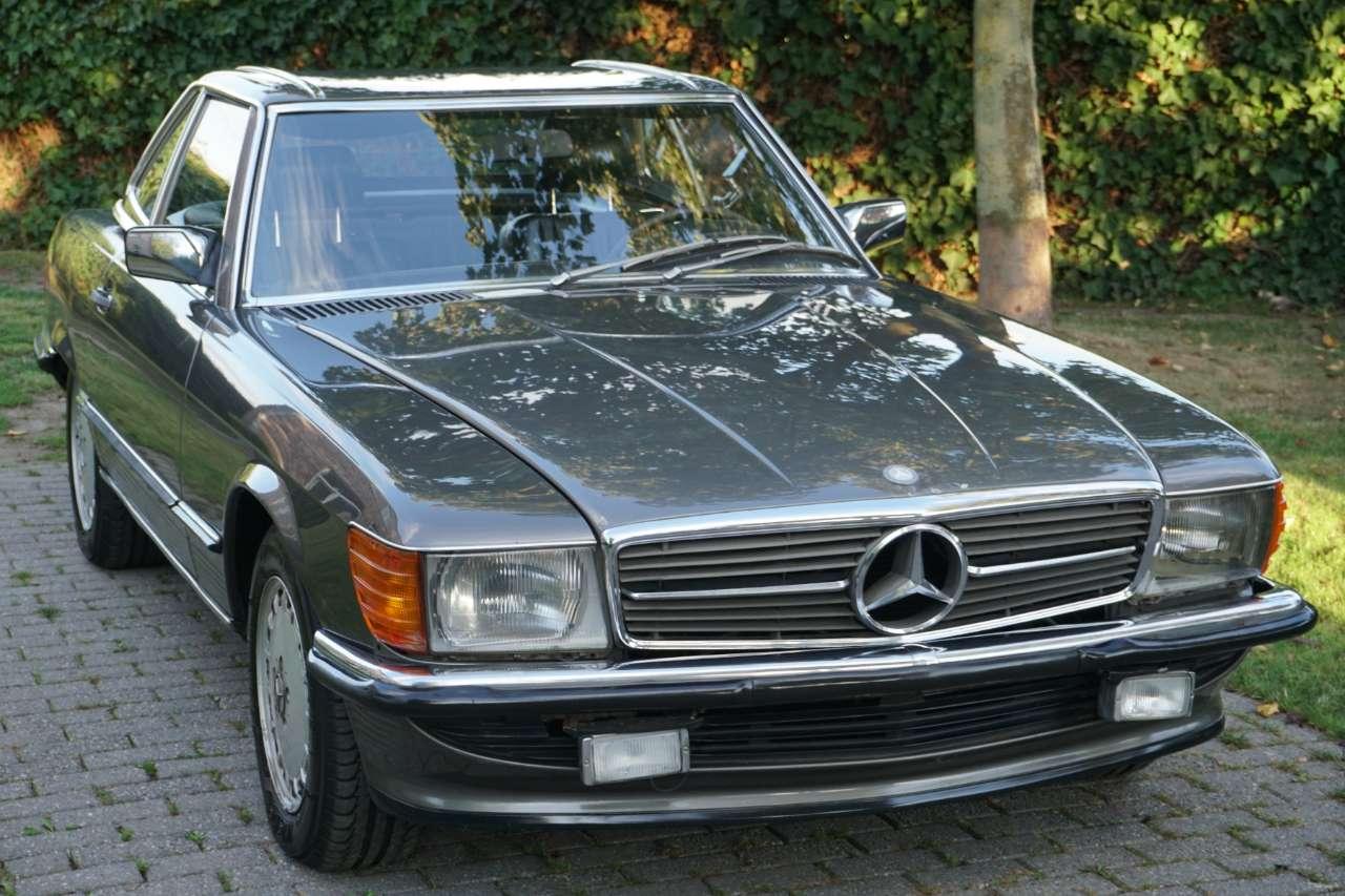 Mercedes SL 300 Belgian car ! 1 owner ! Full history km. 2/14