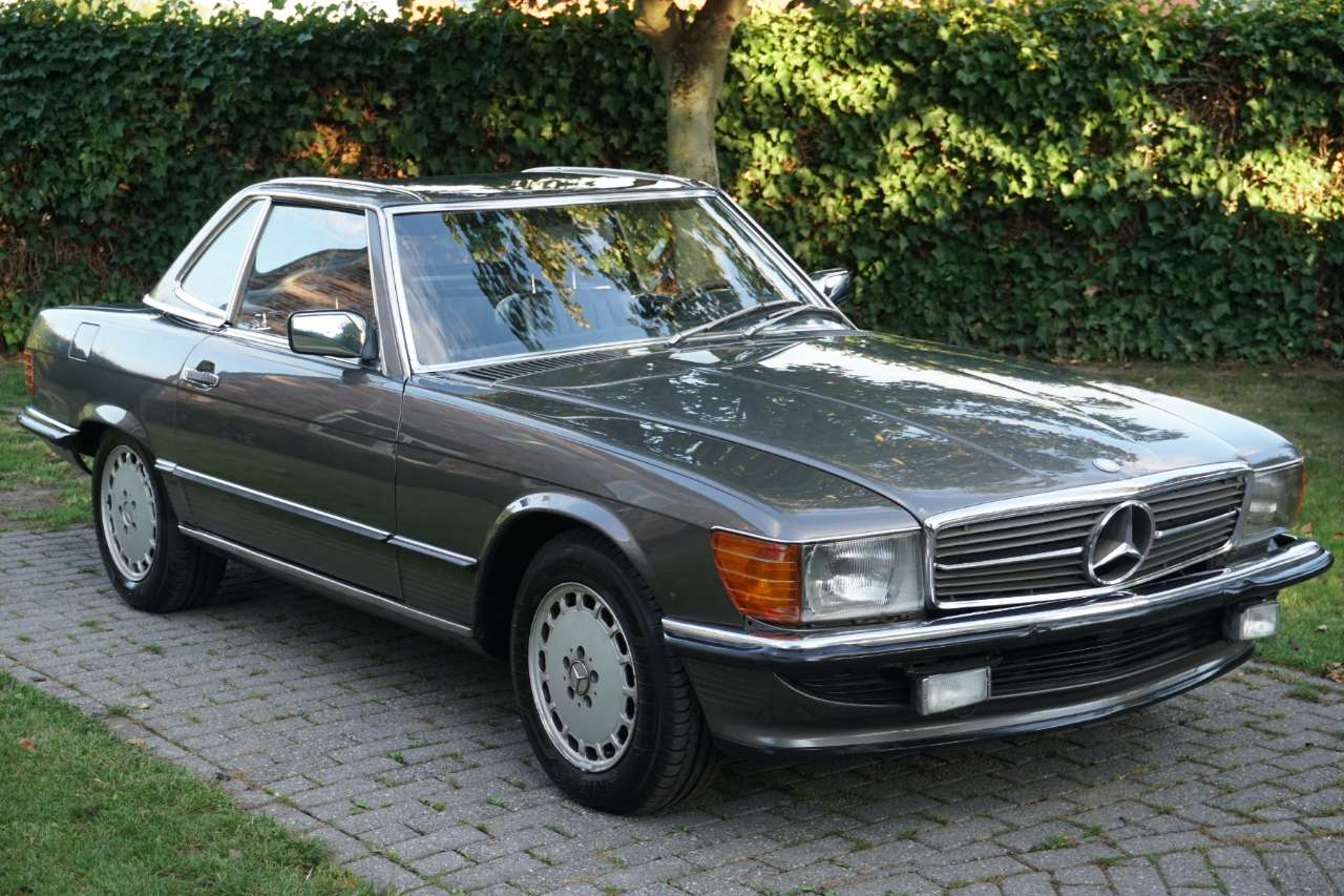 Mercedes SL 300 Belgian car ! 1 owner ! Full history km. 4/14