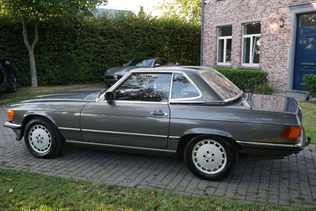 Mercedes SL 300 Belgian car ! 1 owner ! Full history km. 9/14