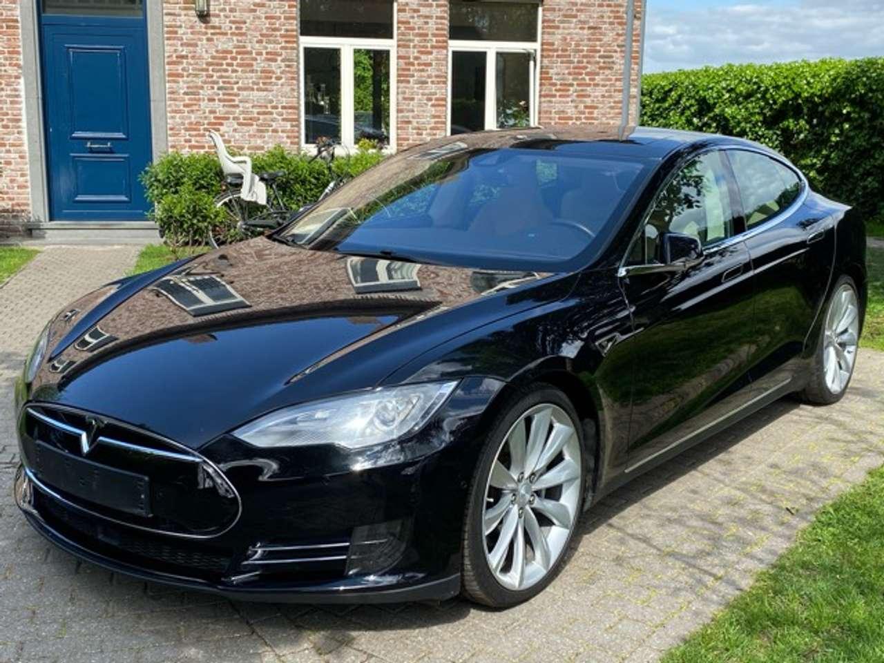 Tesla Model S 70D Dual Motor-Autopilot- Panorama- Next Gen Seats 5/15